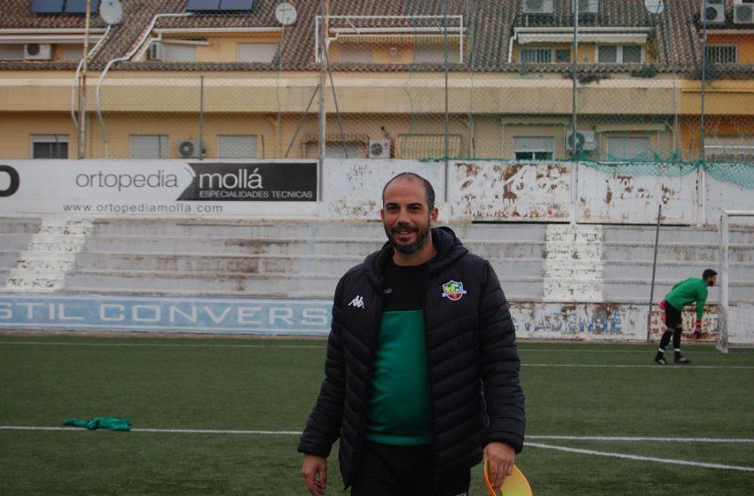Entrevista a Alarcon entrenador Racing de Xàtiva